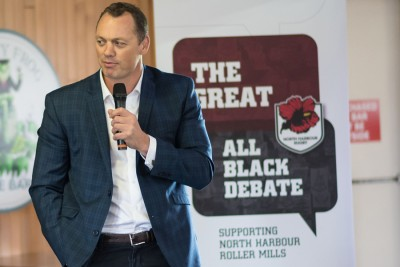 The Great All Black Debate – Photos graphic